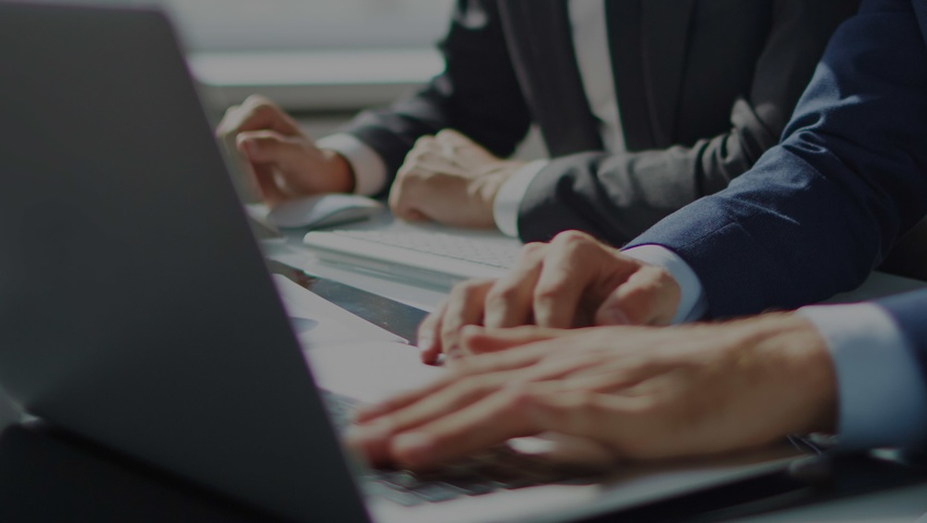 laptop_focus_office_business_header.jpg